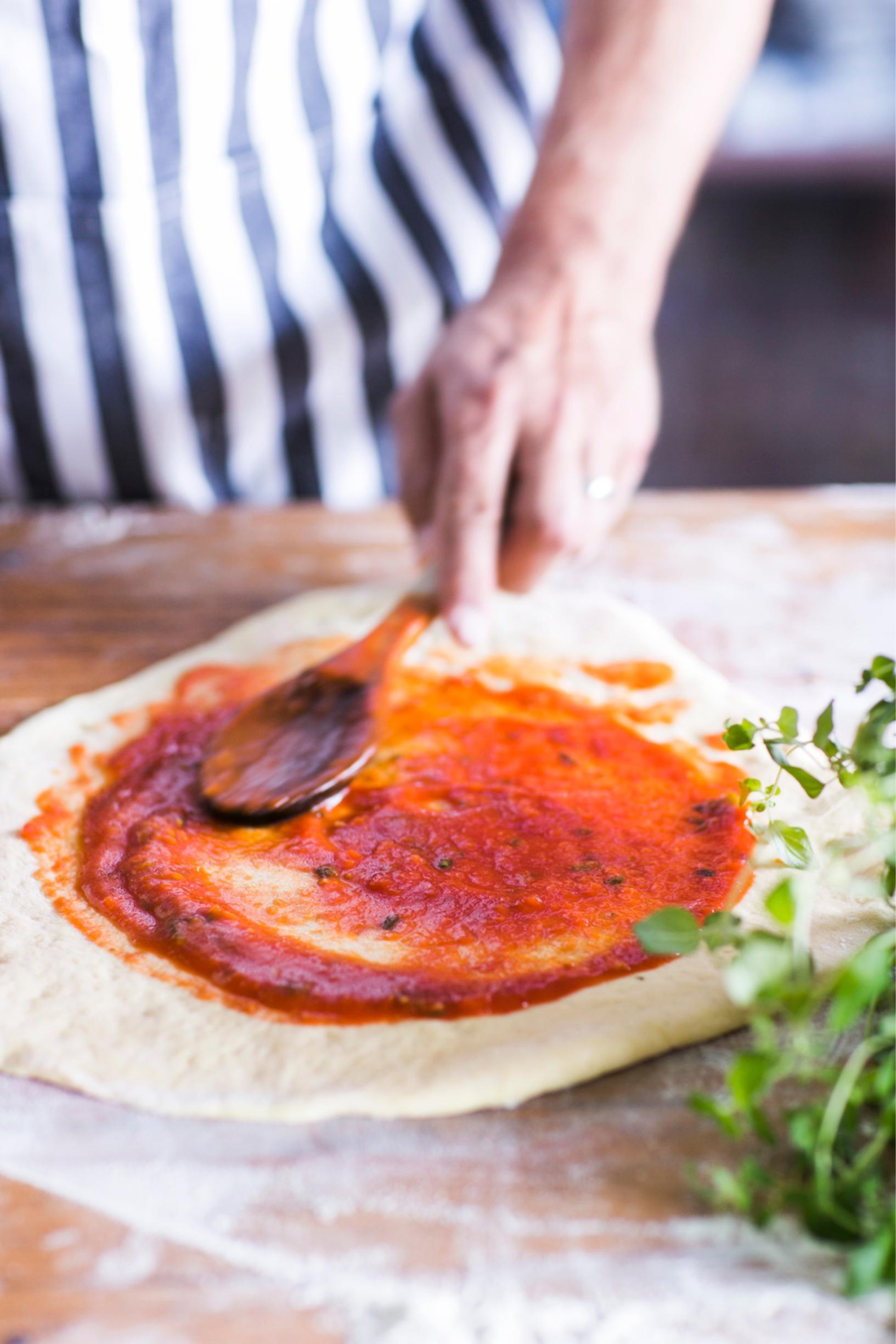 Tomaattikastike Pizza
