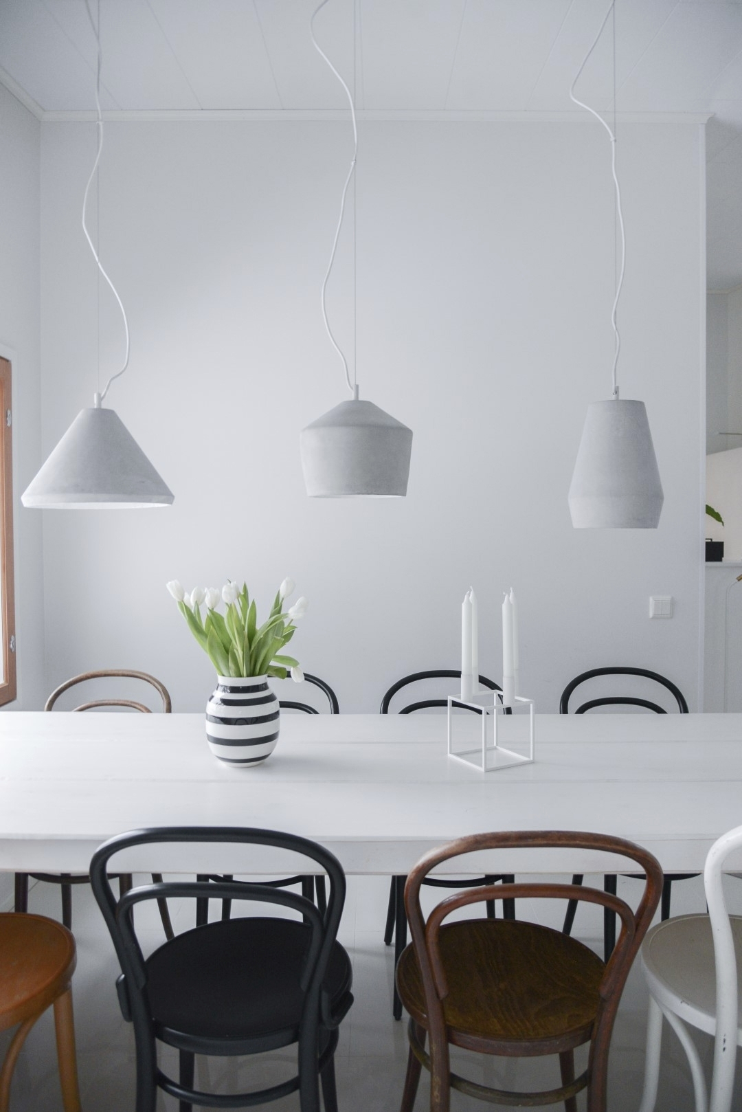 Ruokapöydän valaistus: hienouksia ja vinkkejä. Täydellinen valo keittiöön, mikä se on? Ammatilliset vinkit